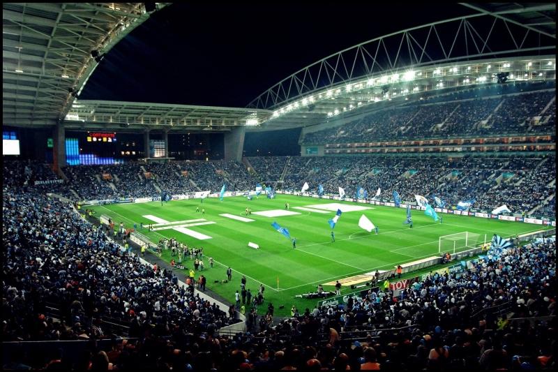 FC_Porto_Stadium_(inside)